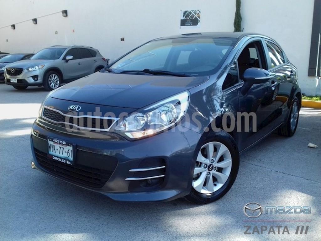 KIA Río Hatchback EX